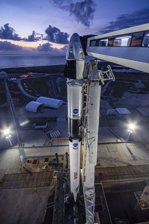 Será la primera vez quedos astronautas de la NASA probarán los sistemas de naves espaciales en órbitade la empresa de Musk