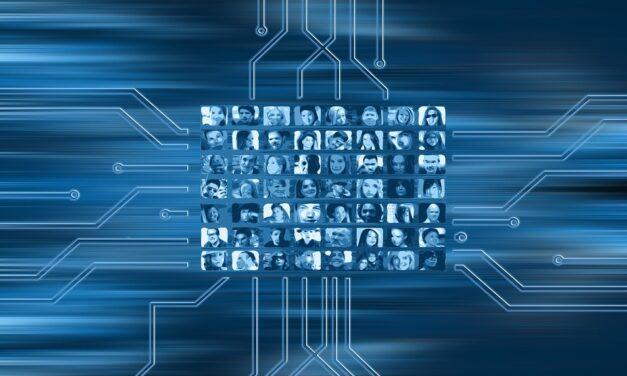¿Cuáles son los riesgos de que los datos personales estén en Internet?